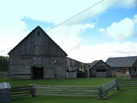 100 Mile House, Canada: The Barn - 108 Mile Ranch Heritage Site