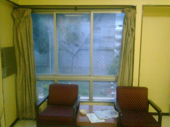 Wasan's Inn: room window overlooking temple