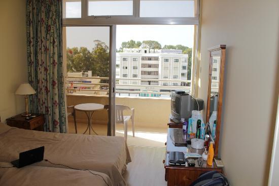 Estella Hotel Apartments: Это наши апартаменты