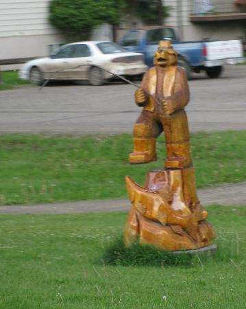 Chetwynd Chainsaw Carvings照片