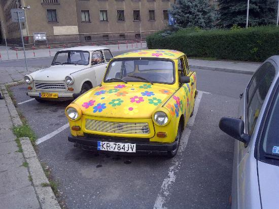 Crazy Guides - Private Tours: Trabant tour cars
