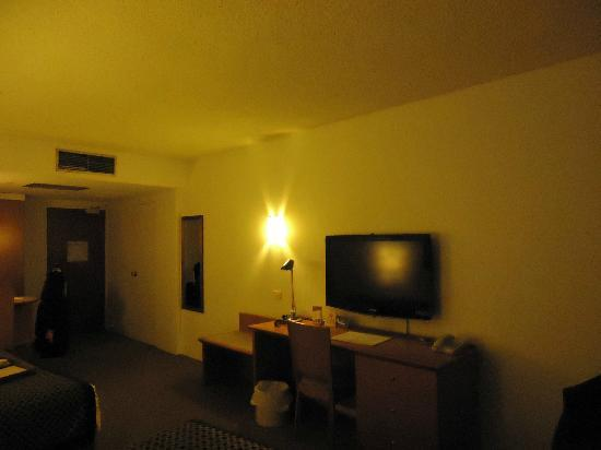 Rydges Camperdown: TV
