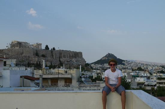 Acropolis Hill Hotel: View from the roof garden