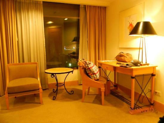 The Heritage Hotel Manila: room