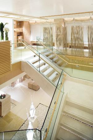 The Landmark Mandarin Oriental, Hong Kong: The Oriental Spa - Lobby