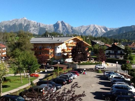 Hotel Karwendelhof: vista dalla ns stanza
