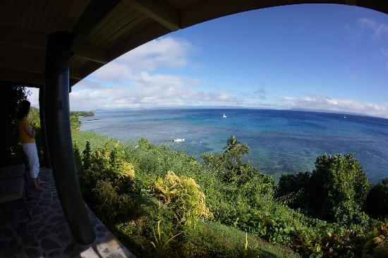 Taveuni Island Resort & Spa: 部屋のベランダから眺めるソモソモ海峡