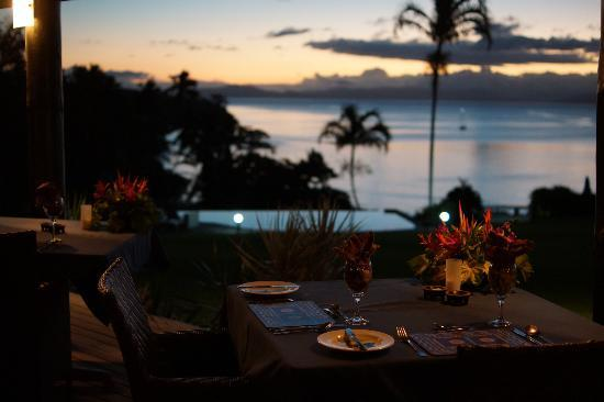 Taveuni Island Resort & Spa: レストランから見る夕暮れ