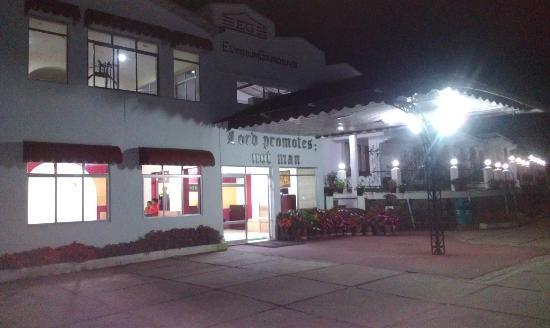 Elysium Garden Hill Resorts: Hotel Exterior at night