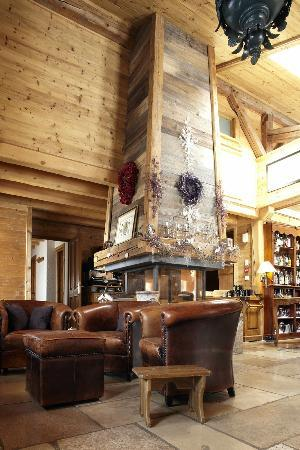 Ferme De Montagne: Our Fireplace