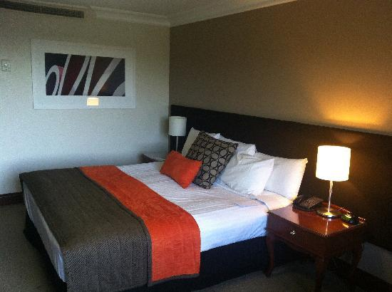 "Pullman Brisbane King George Square: Sebel ""Deluxe"" Room"