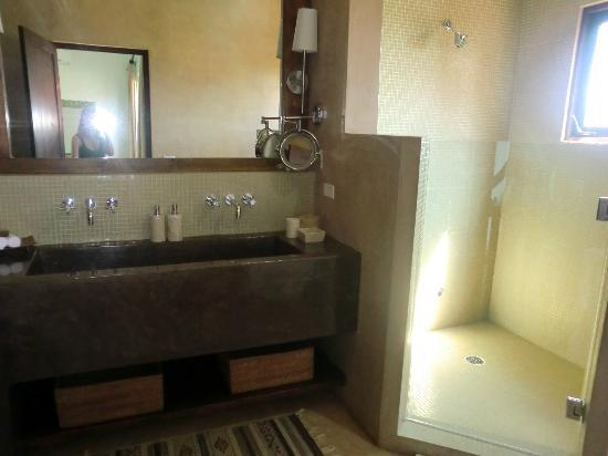 Rancho Pescadero: Bathroom