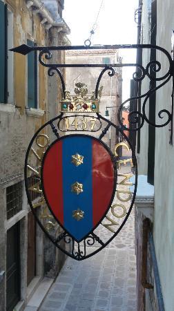Palazzo Cendon: ruelle