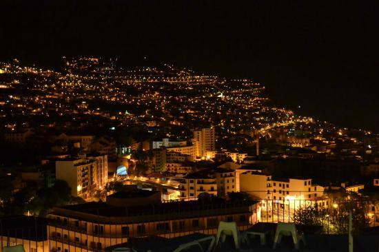 Hotel Monte Carlo : Amazing view at night. 2012, july.