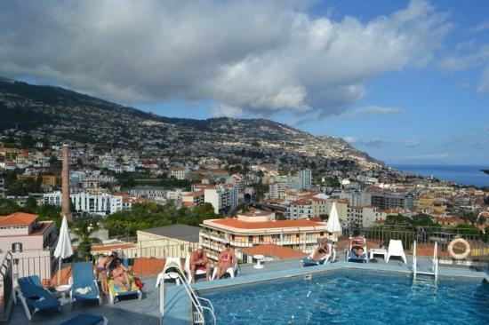 Hotel Monte Carlo: Ask for a room near the pool - the view is amazing! 2012, july.
