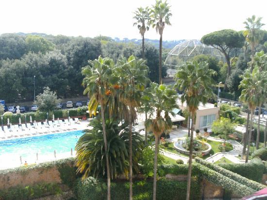 Parco dei Principi Grand Hotel & SPA: piscine et parc Borgèse