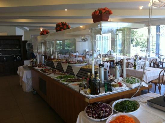 Hotel Bellevue Beach: buffet del riatorante