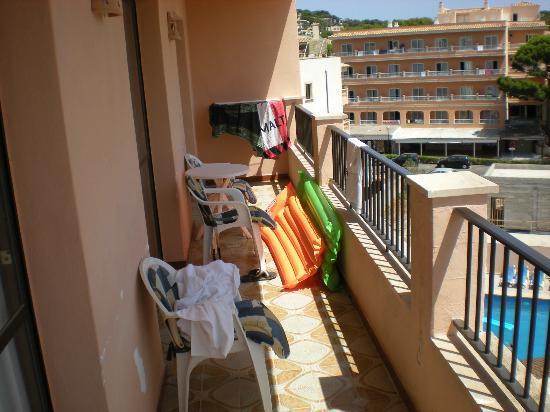 Apartaments La Perla Negra: Terraza Apartamento 4 pers