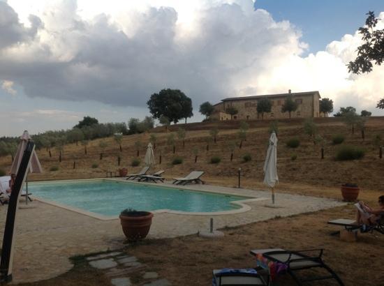 Locanda Vesuna: la piscina