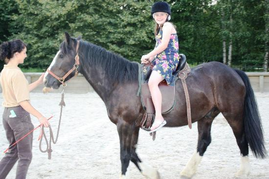 Disney's Davy Crockett Ranch: Pony rides