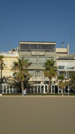 El Coso Hotel: Hotel dalla spiaggia