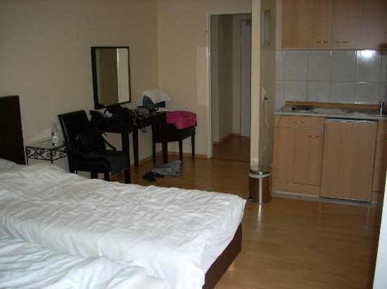 City Hotel Frankfurt: camera n 12