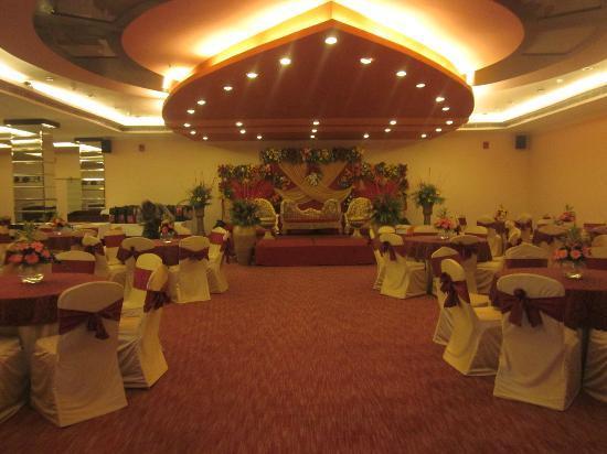 Banquet - THE Ark - ファリーダ...