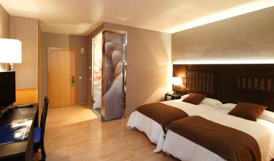 Hotel Congreso: Habitacion-Standard-twin-Hotel-Congreso-Santiago-de-Compostela-3