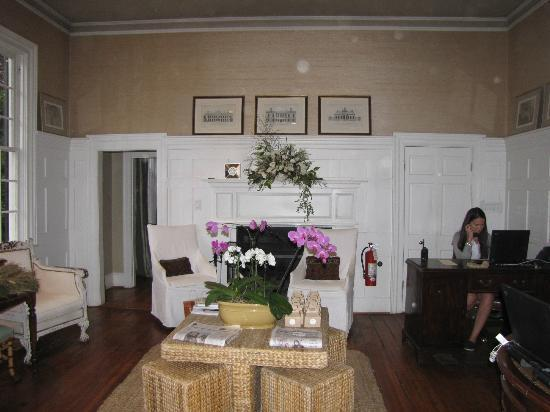Clifton Inn: Reception Area