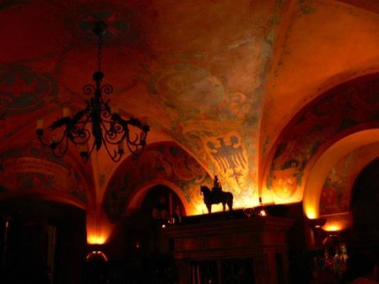 U Maliru 1543: inside