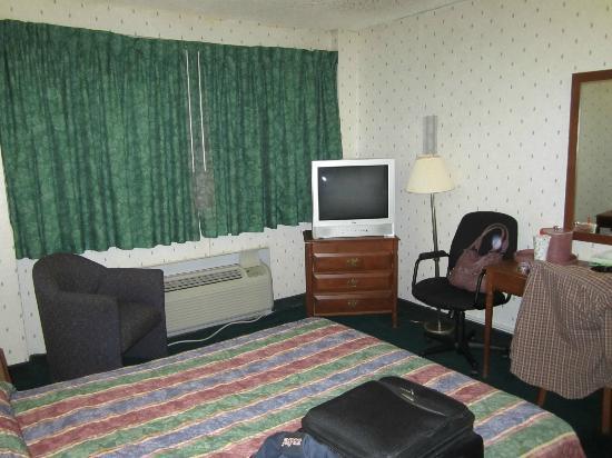 JFK Inn: Vista desde la cama