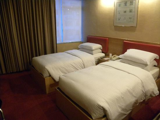 The Imperial Hotel: Beds are comfortable enough.