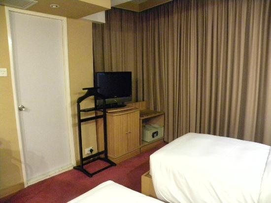 The Imperial Hotel: DeLuxe Room