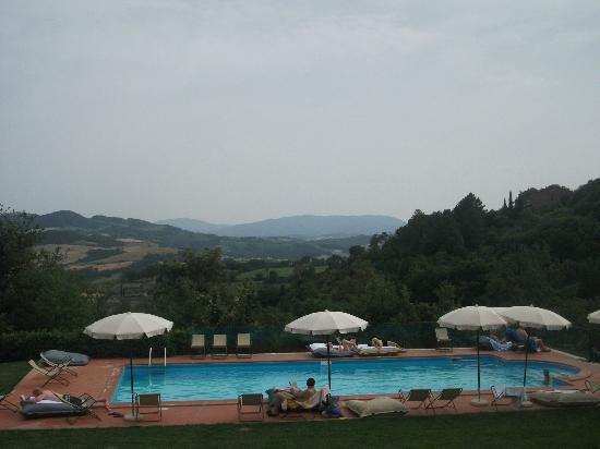 هوتل تيري دي كازول: piscina