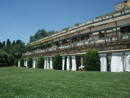 Hotel Terre di Casole: esterno
