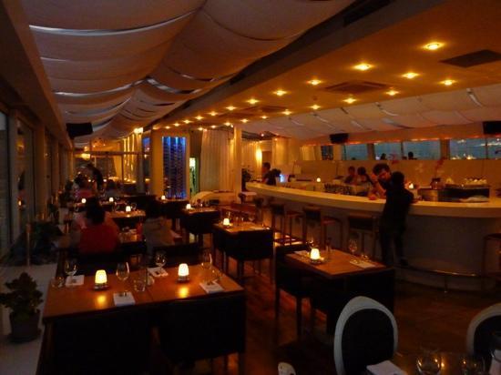 Leb-i Derya: Nice atmosphere at night