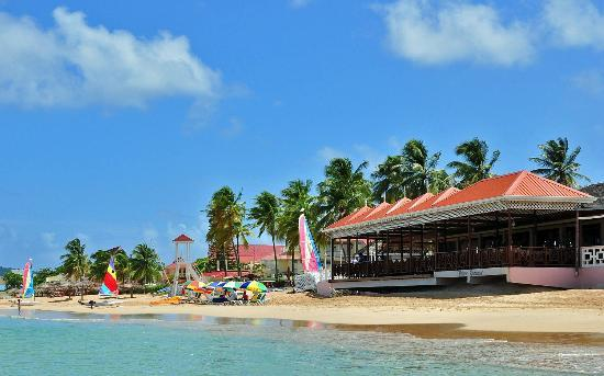 St. Lucian by Rex Resorts: Beautiful beach