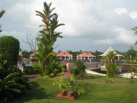 Lake Palace Resort: Hotel Area