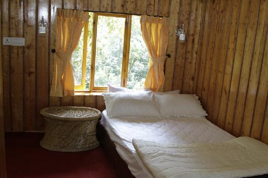 Shola Periyar Tree House: in side Bed room top of the tree