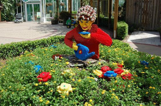 LEGOLAND Florida Resort: Старушка