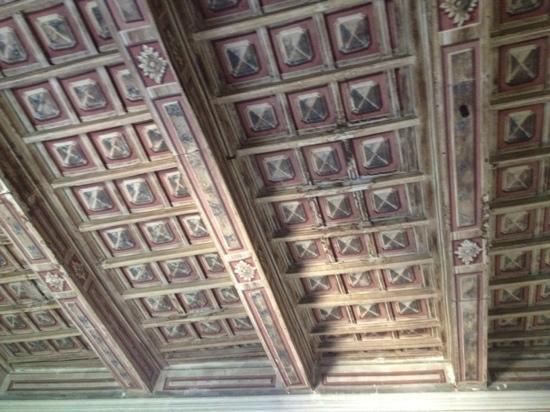 L' Agnolo: soffitto