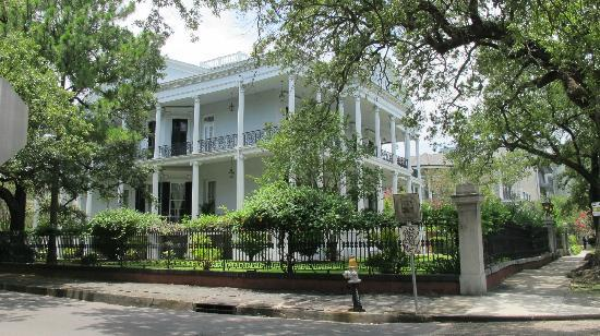 Avenue Plaza Resort: Beautiful Garden District