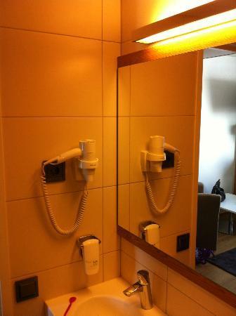 Hotel Savoy Mariehamn: Spegel
