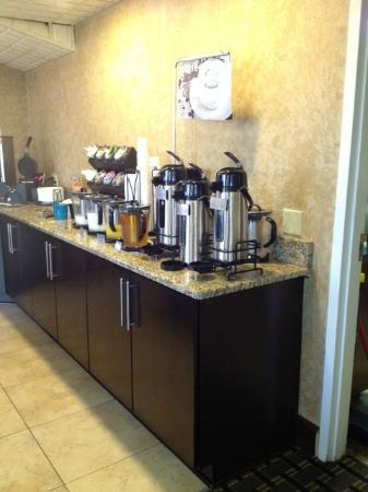 BEST WESTERN Lumberton: Breakfast area