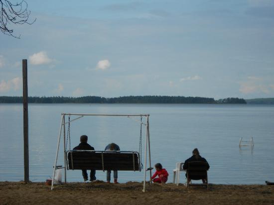 Holiday Center Saimaanranta: Пляж возле бани