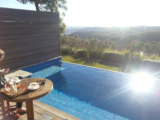 Delaire Graff Estate - Lodges and Spa: View from the lodge over the private pool