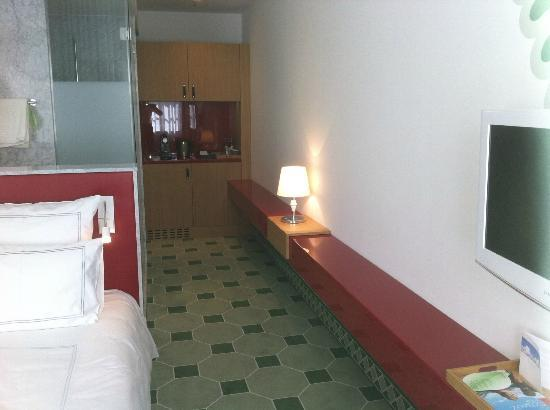 Swissotel Dresden: room #345 Swissotel