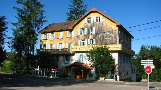 Des Lacs Hotel