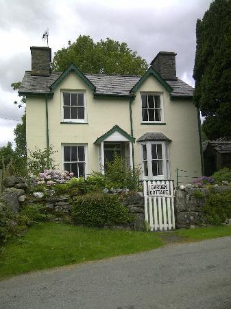 Torrent Walk Cottages