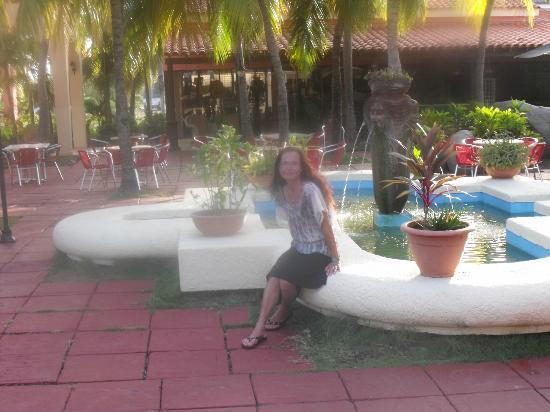 Brisas Santa Lucia: At the main bar grounds